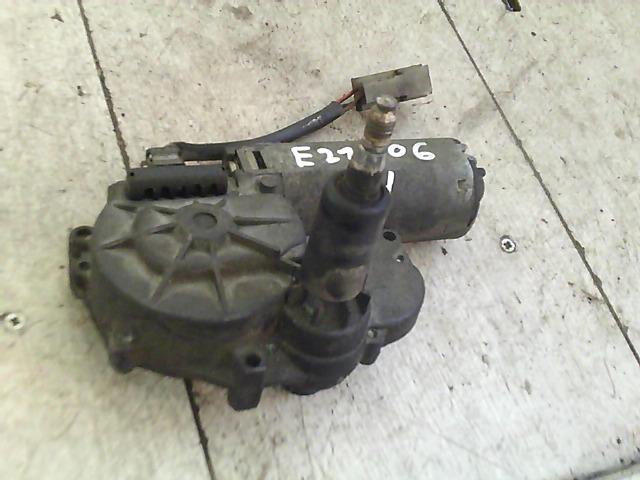 MERCEDES VITO 96- Ablaktörlő motor hátsó bontott alkatrész