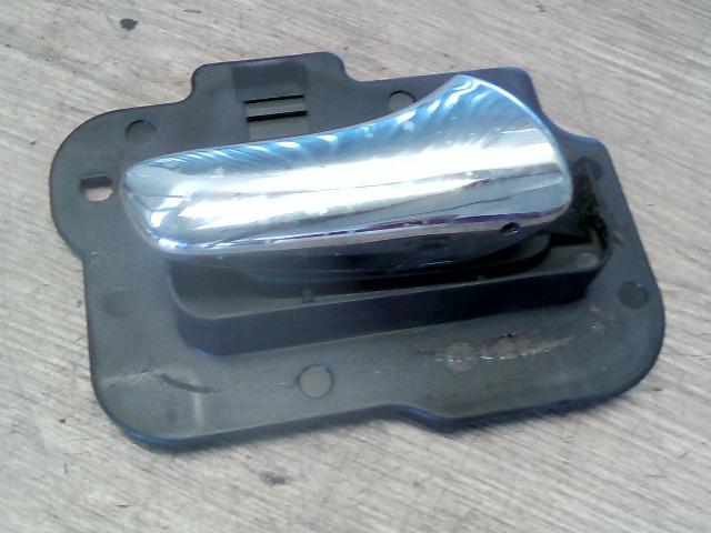 OPEL VECTRA B 99-01 Jobb hátsó belső kilincs bontott alkatrész