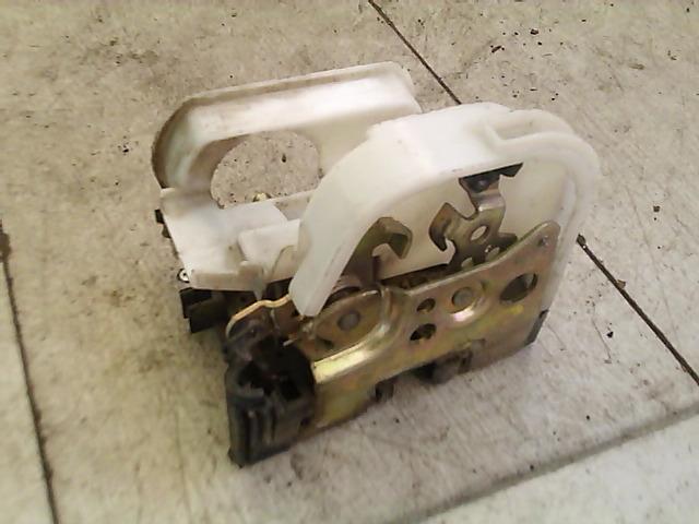 FIAT PUNTO I. Jobb első ajtó zárszerkezet mechanikus bontott alkatrész