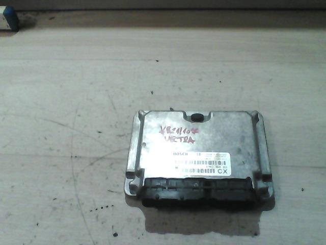 VECTRA B 99-01 Bontott Motorvezérlő egység ECU PCM modul Alkatrész