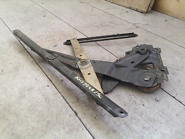 SUZUKI SWIFT 89-96 Jobb első ablakemelő szerkezet mechanikus bontott alkatrész