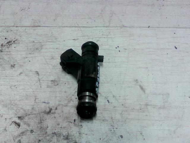 SEAT CORDOBA 93-99 Injektor befecskendező hengerenkénti bontott alkatrész
